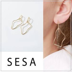 SESA セサ 変形ゴールドピアス|vivi-shop