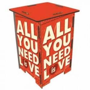 ヴェルクハウス 木製 スツール  【ALL YOU NEED IS LOVE】|volksmarkt