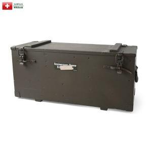 ■商品説明 こちらはスイス陸軍の野戦装備であるガソリンバーナーを収納する専用の木箱で、ガソリンタンク...
