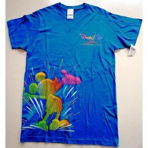 カリフォルニアディズニー55周年限定・ワールドオブカラー柄のTシャツ 年間パスポートホルダー所持者限定商品 waiwaicompany