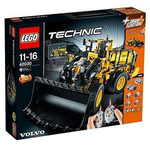 Lego technic Volvo L350F wheel loader 42030 by LEGO