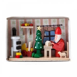 マッチ箱 サンタのプレゼント仕分け中|wald