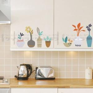 ウォールステッカー 壁 花 棚の上の花瓶 貼ってはがせる のりつき 壁紙シール ウォールシール リメイクシート|wallstickershop
