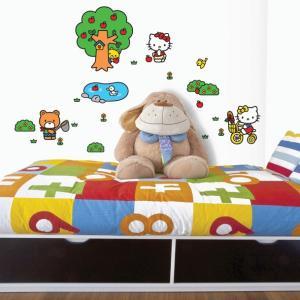 ウォールステッカー 壁 ハローキティキャラクター キティちゃんとピクニック 貼ってはがせる のりつき 壁紙シール ウォールシール ウォールステッカー本舗|wallstickershop