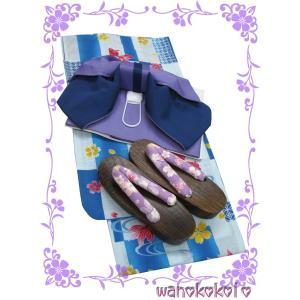 新品のお仕立て上がり女の子用の子供浴衣と結び帯と下駄のお買い得3点セットです。 お祭りや花火大会・里...