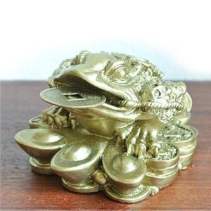 (財運UP 八卦 金カエル 置物)カエル 置物 カエル グッズ 雑貨(バリ雑貨 アジアン雑貨)風水にもおすすめのカエルの置物(かえる 蛙 フロッグ)縁 wanon333