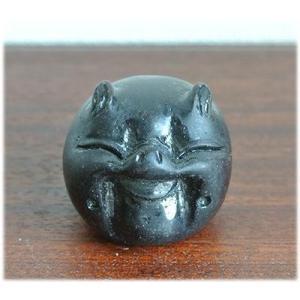 木彫りのミニブタの置物(黒/茶)一つ一つ木彫りのにっこり顔のブタの置物ぶた グッズ 豚 ブタ 置物 ぶた 雑貨 縁起物 幸運 風水雑貨 風水グッズ|wanon333
