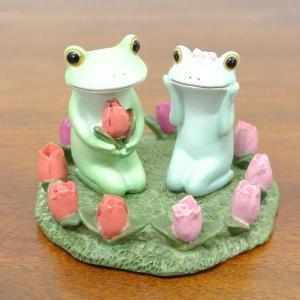 (チューリップとカップル カエル)カエル 置物 コポーやカエル グッズ 雑貨(バリ雑貨 アジアン雑貨)風水にもおすすめの置物(かえる 蛙 フロッグ|wanon333