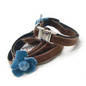 チャームプレゼント付♪犬の首輪とリードのセット【Camellia Blue Flower】カメリア/椿/ベルベット/ビロード/Sサイズ|wanwan3dogs