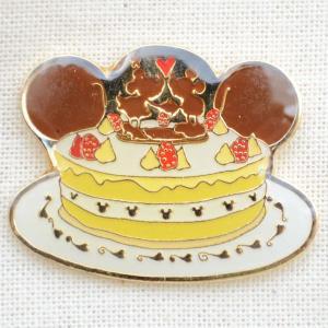 ピンバッジ ディズニー スウィーツシリーズ(ミッキー&ミニー/ケーキ) DYPIN-03|wappenstore