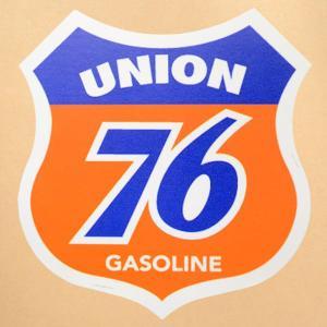 サイズ(約):タテ9.2cm×ヨコ8.7cm  オレンジ/ブルーほか。盾形。UNION 76 GAS...