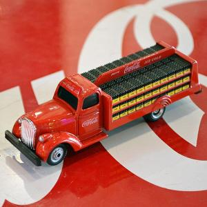 コカコーラ Coca-Cola ミニカー 1938年 ボトルトラック(1/87) *メール便不可|wappenstore