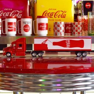 コカコーラ Coca-Cola ミニカー パッカー 125周年記念コンボイトレーラー(1/43) *メール便不可|wappenstore
