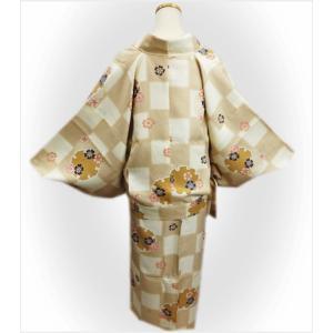 二部式 着物 袷 女性用 洗える ユニフォーム 薄茶きなり市松地雪輪桜 M L|wasakura-an|04