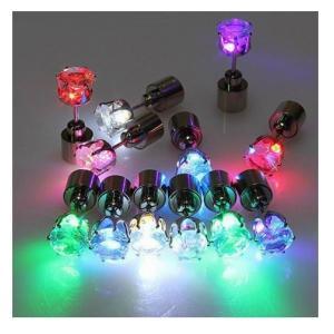 LED 光るピアス 発光ピアス 2個セット 電池式「800-0066」 |washodo