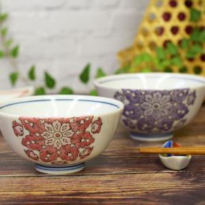 夫婦茶碗 (ご飯茶碗) その豪放、華麗な風格を持つ作風は他の焼き物の追従を許さないものがあり、開窯以...