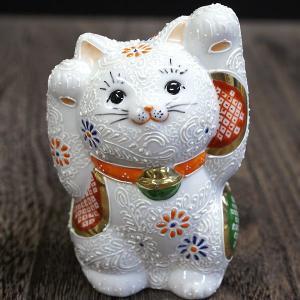 九谷焼 両手上げ 招き猫 細描白盛|waza