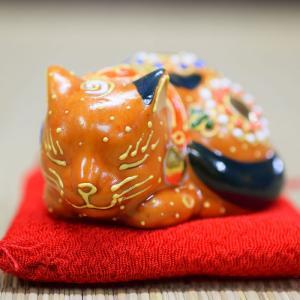 平和を愛する ちび眠り猫 茶盛くん|waza