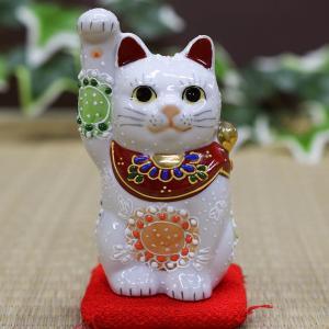 右手が長い招き猫! 頭の上まで高く伸びた右手が特徴です。招き猫の右手は金運を招きます!また、手が長け...