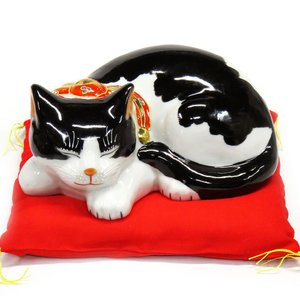 平和を願う! 九谷焼 眠り猫 白黒くん|waza