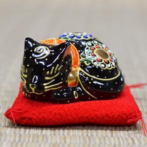 平和を愛する ちび眠り猫 魔除けな黒盛くん|waza