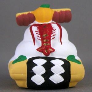 お正月飾りをかたどった土鈴。伊勢海老も立派な鏡餅幅5cm×奥行5cm×高さ5.5cm