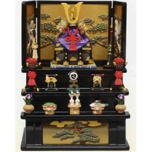 五月人形 端午の節句 櫃付兜中赤三段飾り(黒) 節句人形・こどもの日・鎧兜・コンパクトサイズ・ミニサイズ|wazakkahonpo