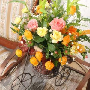 送料無料 オレンジサイクル(サンダーソニアアレンジメント)*花宅配・クイックお届け・メッセージカード付 webflora