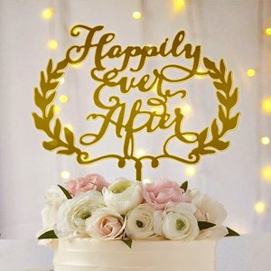 ケーキトッパー「HappilyEverAfter」リース型|weddingdecor