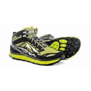 ローンピークに新しいミッドカットがラインナップ。  足首の安定性の向上、そして足首の保護を目的として...