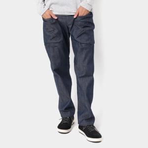 大きめポケットが特徴的なデニムパンツ  重量(目安): 660g(Mサイズ)  素材: ニュー2Wa...