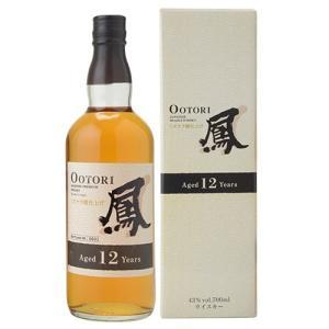 12年樽熟成した原酒に30年以上熟成されたモルトウイスキー原酒をブレンド。さらに北海道産のオーク材を...
