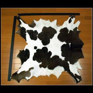 カウラグ ハラコ 子牛毛皮 マット ミッドセンチュリー系インテリア Cowhide Rug 100% Genuine cowhide Leather(ID cr2486b47)|wild-hearts
