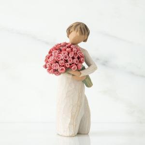 抱えきれないほど抱きしめて  バラの花束は、私たちが手に抱えられるものの中でも最も美しいものの1つで...