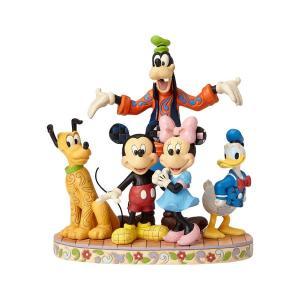 ミッキー&フレンズの仲間が全員集合! ファブ・ファイブ(驚異の5人)はミッキー、ミニー、プルート、ド...