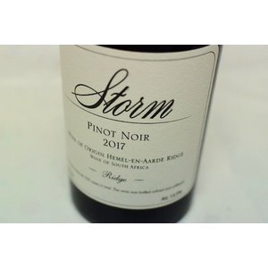 赤ワイン ストーム・ワインズ / リッジ・ピノ・ノワール [2017]|wineholic
