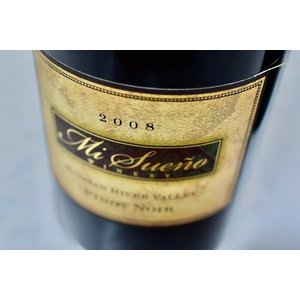 赤ワイン ミ・スエーニョ・ワイナリー / ルシアン・リヴァー・ヴァレー・ピノ・ノワール [2008]|wineholic