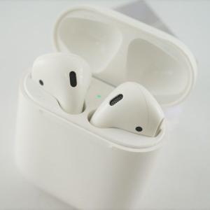 Apple AirPods エアーポッズ 完全ワイヤレスイヤホン USED美品 第一世代 Bluet...