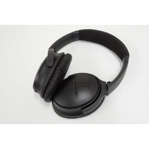 BOSE Quiet Comfort 35 wireless headphonesIヘッドフォン U...