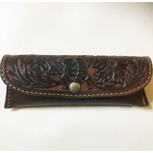 本革製メガネ・ケース(焦茶/カービング)|wizard-leather