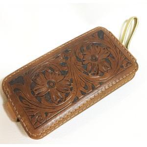 本革製iPhone7ホルダー(カービング)|wizard-leather