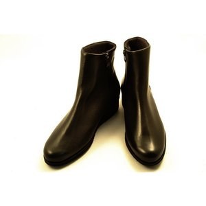 [送料無料] 日本製 Dici(ディッシィ) シンプルなデザインのショートブーツ 78111 黒スムース wondershoes