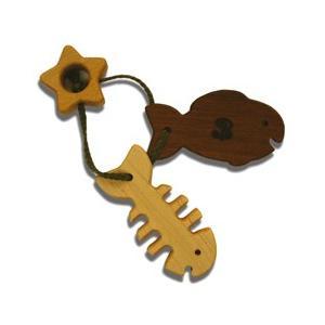 木のおもちゃ ブータレブー 木製 ベビートイ 木のはがため・魚|woodayice