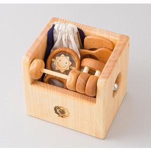 木のおもちゃ 山のくじら舎 木製ベビートイ 赤ちゃんのおもちゃセット 箱入り|woodayice