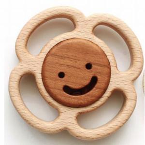 木のおもちゃ ブータレブー 木製ベビートイ サークルラトル・花|woodayice