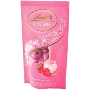 甘酸っぱいストロベリーパウダーをあわせたホワイトチョコレートに とろけるようなストロベリー風味のフィ...