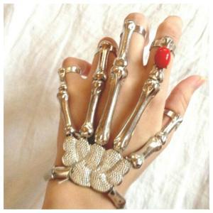 スカル ブレスレット 指輪 腕輪 骸骨 スケルトン メタル シルバー アクセサリー レディース 遺骨