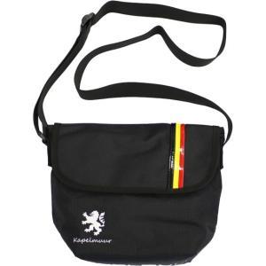 裏面には取り外しのできる自転車取付ベルト付きで、フロントバッグとしてもお使いいただけます。  ※ハン...