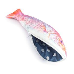 リアルな魚の形をしたおもしろポーチ。 小物入れやペンケースのほか、化粧ポーチやアクセサリーケースとし...