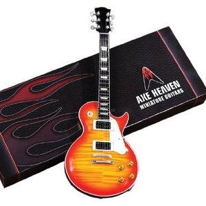 Axe Heaven AH-151 Classic Electric Sunburst Model Miniature Guitar|worldmusic